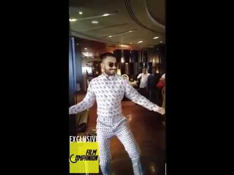 Bajirao Mastani | Malhari Video Song | Ranveer Singh Dance Performance