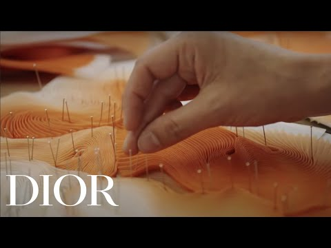 The Savoir-Faire of the Pleats from the Dior Summer 2020 Men's Collection