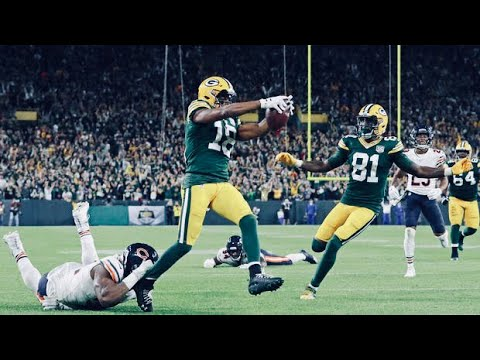 Randall Cobb is right where Aaron Rodgers needs him to be