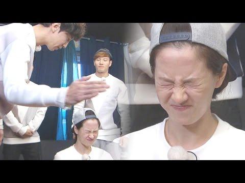 Kwang Soo Slapping Song Ji Hyo On The Forehead! 《Running Man》 EP456