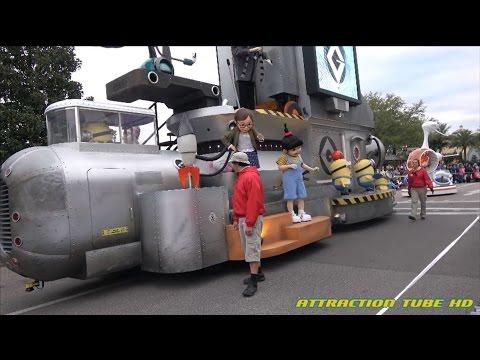 4K Minions in the Universal Superstar Parade at Universal Studios Orlando Florida 2017