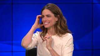 """Amanda Peet on Meryl Streep's Daughter in her Play """"Our Very Own Carlin Mccullough"""""""