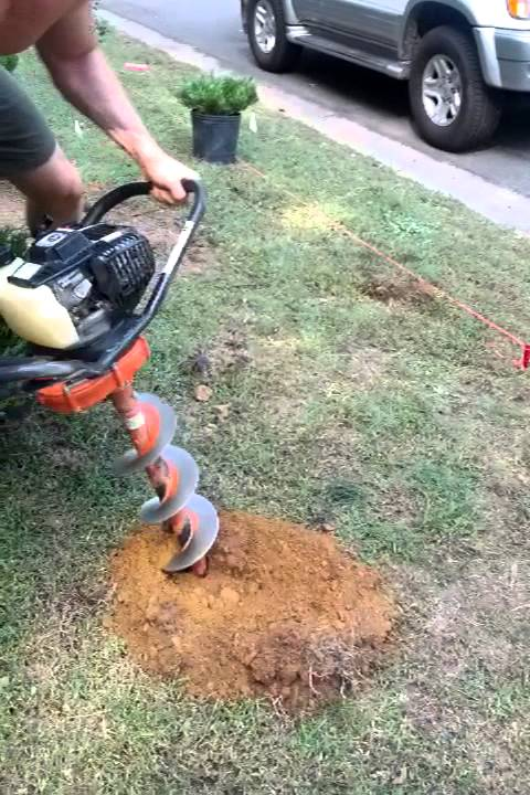 Using Small One Man Auger To Dig Holes Youtube