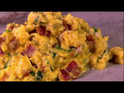 Michael Symon's Bacon And Ramp Scrambled Eggs | The Chew