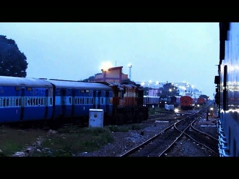 WDM3D and WDP4 depart simultaneously from Hubli