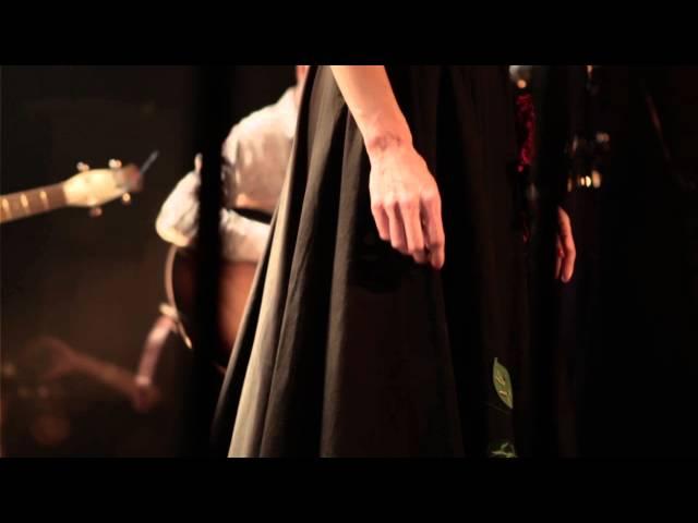 Ambrosia Parsley & The Elegant Too - Make Me Laugh