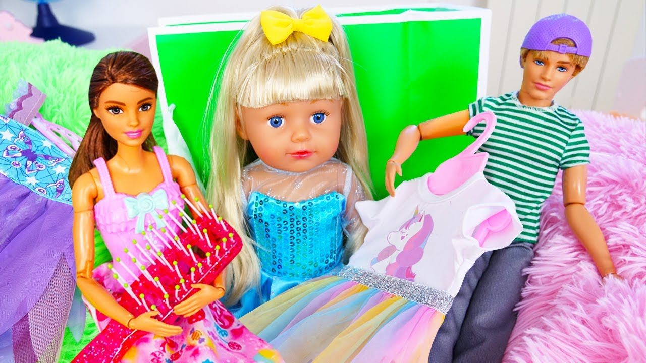 Baby doll under the bed?! Barbie dolls and clothes for baby dolls and toys for girls.