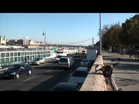 Budapest a nemzetközi személyhajózás célpontja.