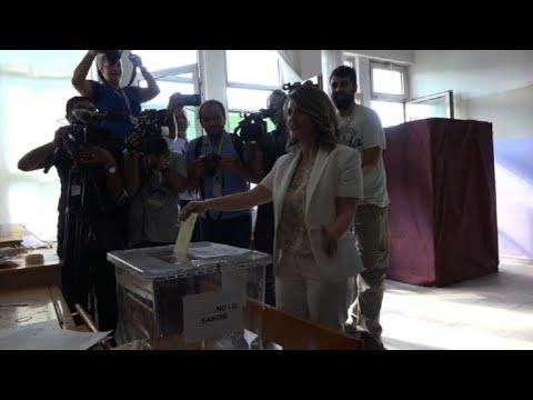 Elections turques: les votants se rendent aux urnes à Diyarbakir