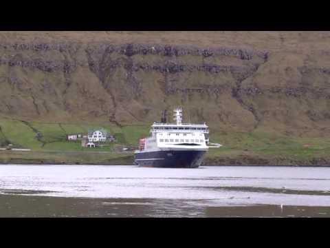 Faroes ferry Smyril leaving port