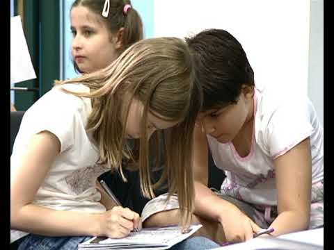 English courses for children at the British Council in Romania - YouTube