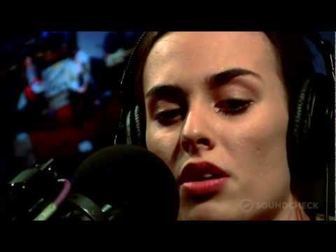 "Sophie Auster: ""Run Run Run,"" Live On Soundcheck"