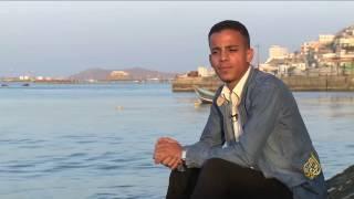 عمر ياسين فنان شاب من مدينة عدن اليمنية