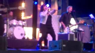 Kaija Koo: Kaunis rietas onnellinen (live)