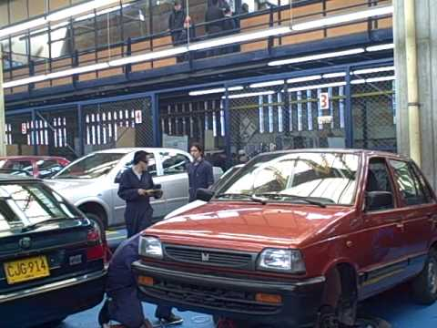 Automotive training at Juan Bosco Obrero, Bogota Colombia