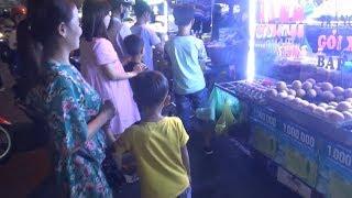 Chợ Đêm Cần Thơ thiên đường ăn vặt/night market vietnam
