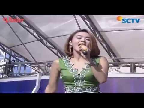 Wika Salim - Dipandang Sebelah Mata (Live on Inbox)