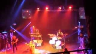 The Molly Ringwalds-  Living on a Prayer HD