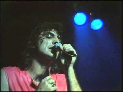 Behind Blue Eyes - Jon English & Baxter Funt  'live' 1980. Travel Video