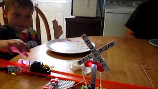 railroad crossing with littleBits