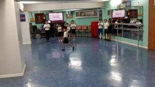 Учимся  Танцевать  Лезгинку 😄😄😄