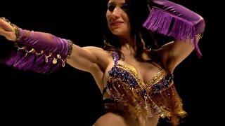 Красивый колоритный танец живота belly dance(Красивый колоритный танец живота belly dance - это тот волшебный танцевальный стиль, который позволяет познать..., 2015-07-12T18:26:23.000Z)