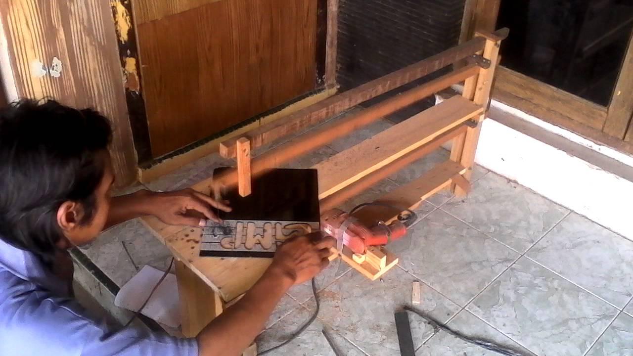 Diy Scroll Saw Powered Hand Drill Youtube Mesin Gergaji Dremel Moto Ms20 01