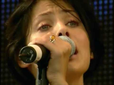 Natalie Imbruglia - Torn (Live @ Party in the Park 1998) [HD 720p]