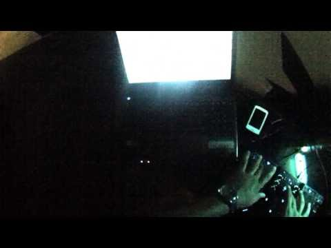 Marco V vs. Alex Guesta e Knife Party - 'LRAD' (REMIX) (Filmado)