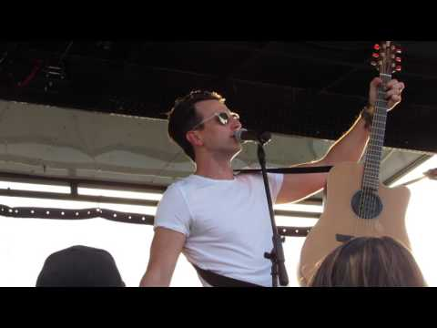 Russell Dickerson - MGNO