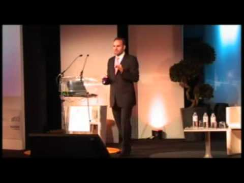 Mark Shuttleworth The next five years of cloud and client computing PT3.mp4