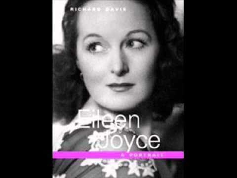 Eileen Joyce plays Bach Prelude & Fugue in A minor BWV 944