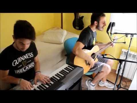 Arctic Monkeys - Crying Lightning Acoustic Version (cover)