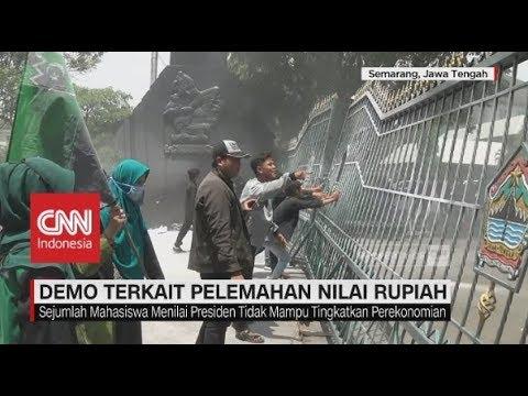 Rusuh! Demo Mahasiswa Menuntut Jokowi Lengser