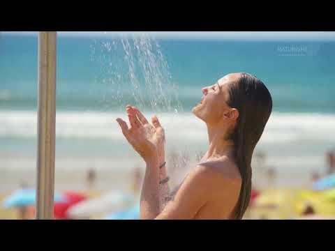 Naturisme : voici 14 plages où on peut se baigner tout nu en Bretagne