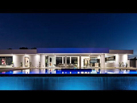 Exceptional Sophisticated Contemporary Luxury Residence in Beverly Hills, CA, USA