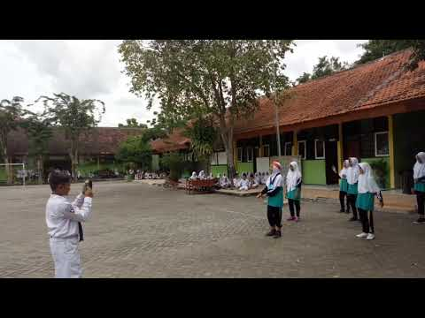Dangdut is The Music of My Country - Holic Festival 2017 SMPN 1 Margomulyo