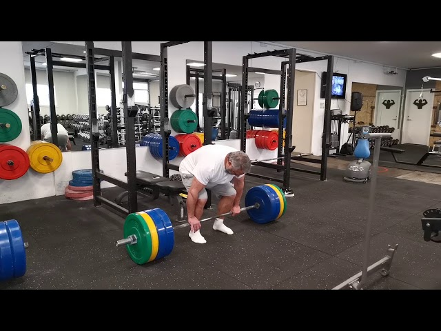 Deadlift 20 x 150 kg.