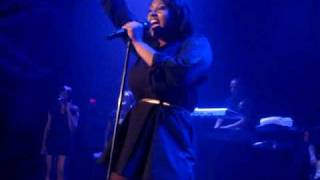Jazmine Sullivan Live- After The Hurricane