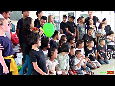 Donation For Children Community In Bangkok Thailand !!