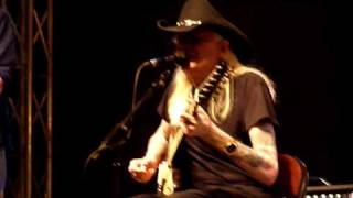 Johnny Winter recorded live by Shaky at the Illinois Blues Festival...