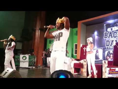 Reggie Rockstone and Obrafour perform at 2013 Back In The Day concert(1)