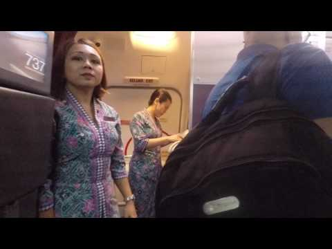 Trip Report - Malaysia Airlines - Economy Class - 737-800 Next Gen - MH787 - HKT-KUL