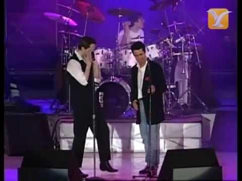 Miguel Bosé y Alejandro Sanz, Nada Particular, Festival de Viña 1994