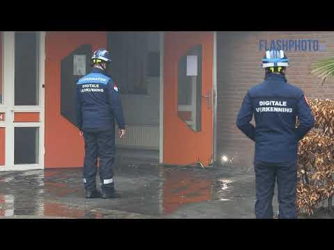Zeer grote brand verwoest woonwinkel en kantoren Lylantse Baan Capelle a/d IJssel