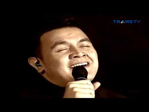 Tulus - Nada Nada Cinta @ Rossa The Journey Of 21 Dazzling Years