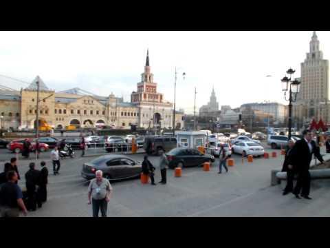 Комсомольская площадь - Площадь Трёх вокзалов