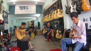 TICO - Hòa tấu guitar - at Highland Music Center, BMT