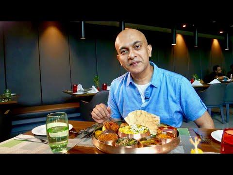 Tasting A Vegetarian MYSORE THALI & Non-Vegetarian KARNATAKA THALI At La Uppu | Grand Mercure Mysore