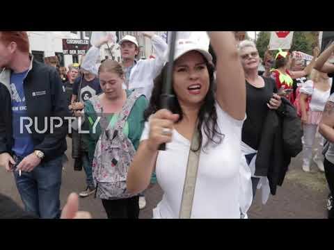 Den Haag: Enorme demonstratie tegen de COVID-19 pas